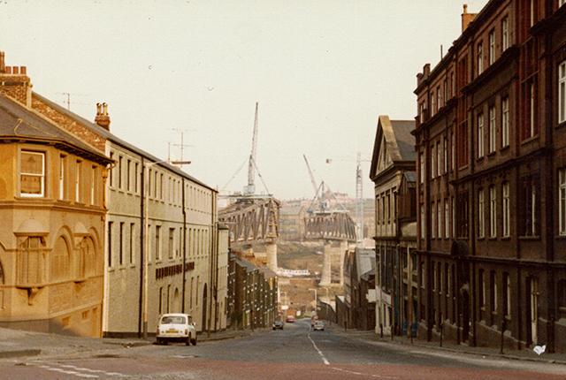 Building the Metro bridge across the Tyne
