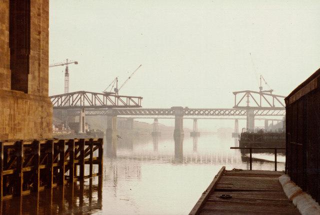Building the  Metro Bridge - from beneath the High Level Bridge