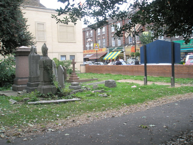 Looking from the old churchyard out into King Street