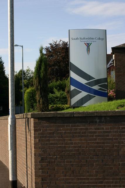 Tamworth College, sign  (1)