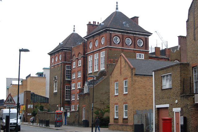 New River College, White Lion Street, Islington (1)