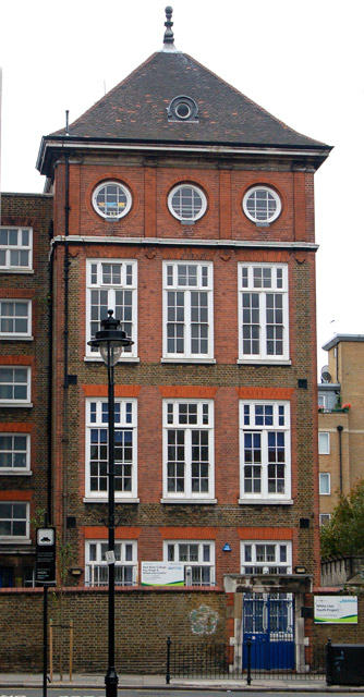 New River College, White Lion Street, Islington (2)