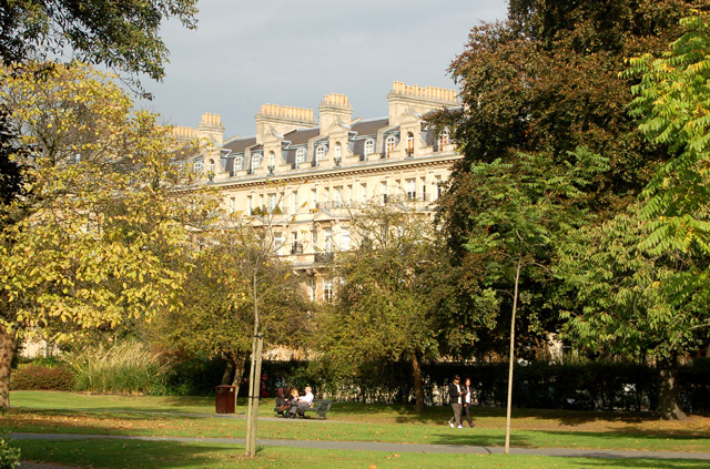 Chester Terrace seen from Regents Park