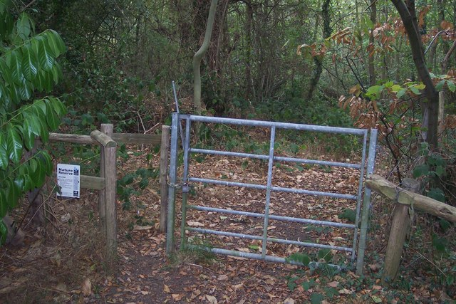 Entrance to Thornden Woods Nature Reserve