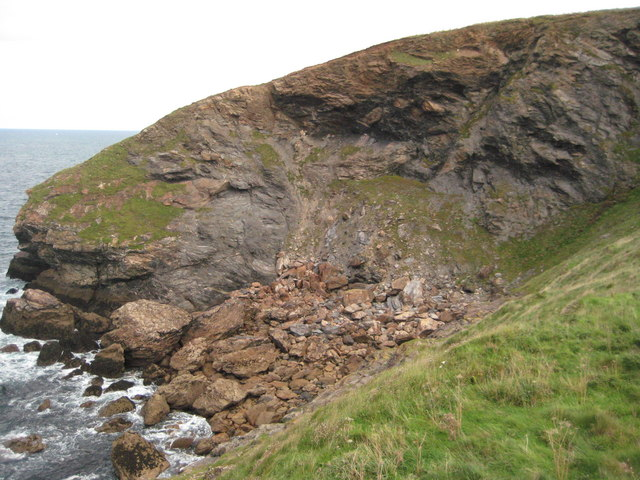 Rock fall below Scarnor Point