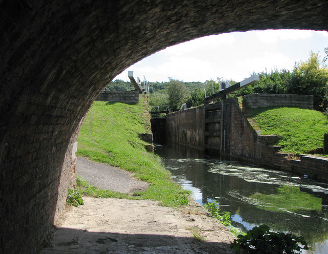 Woolsthorpe Wharf: Lock 17