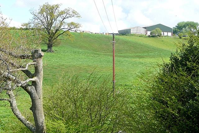 View towards Woodfalls Farm