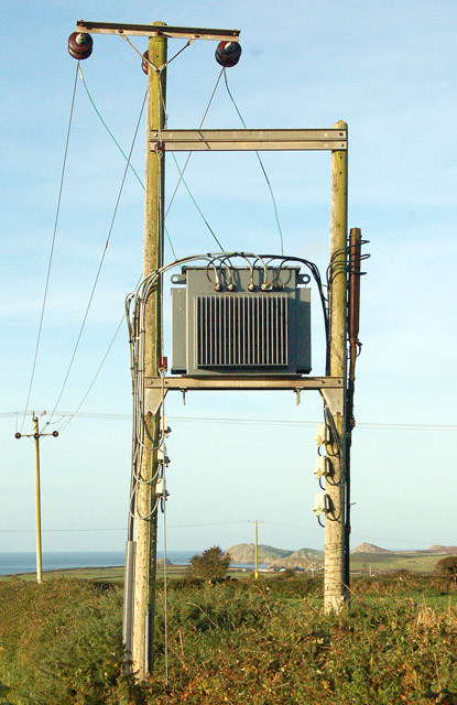 Transformer beside the lane to Caerfai (2)