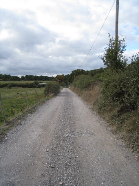 Approaching Hodd's Farm
