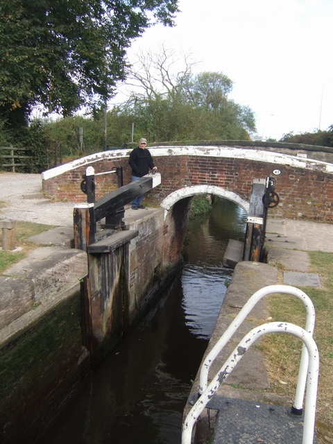 Trent and Mersey Canal - Wychnor Lock