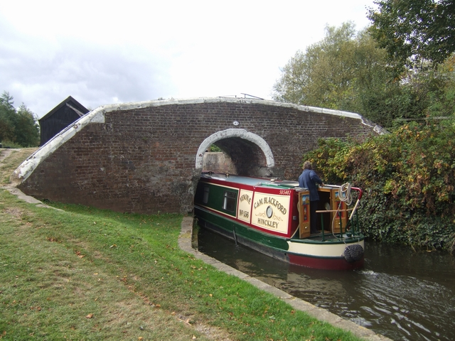 Trent and Mersey Canal - Bridge 43