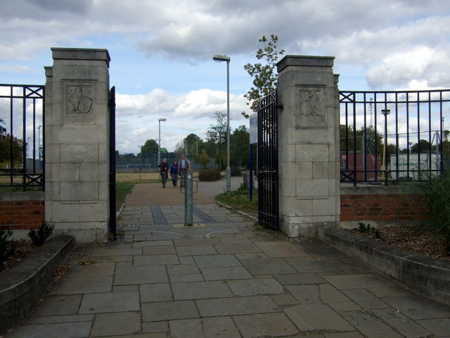 Entrance to King George V Playing Field