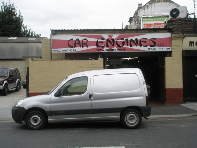 Car Engines in Hortus Road