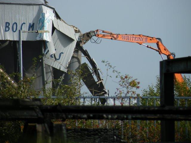 Demolition of Renfrew Mills