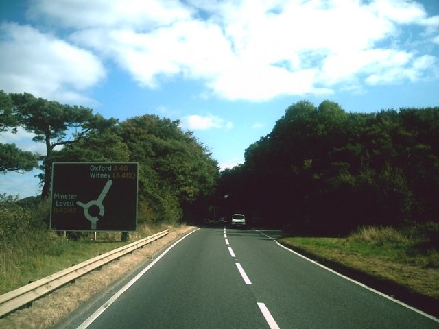 Approaching Asthall Barrow roundabout