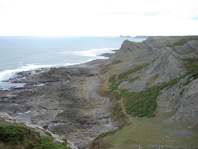 Path along the undercliff