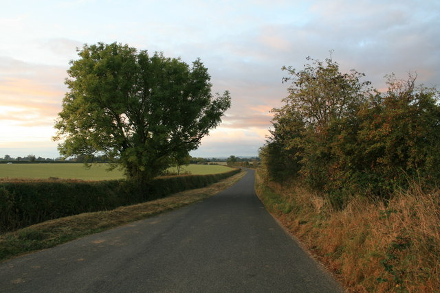 Minor road from Shilton to the B4477
