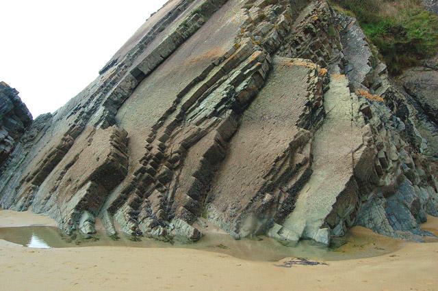 Near-vertical strata above Newgale beach