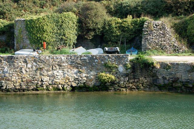 Limekilns on the east side of Porthclais harbour