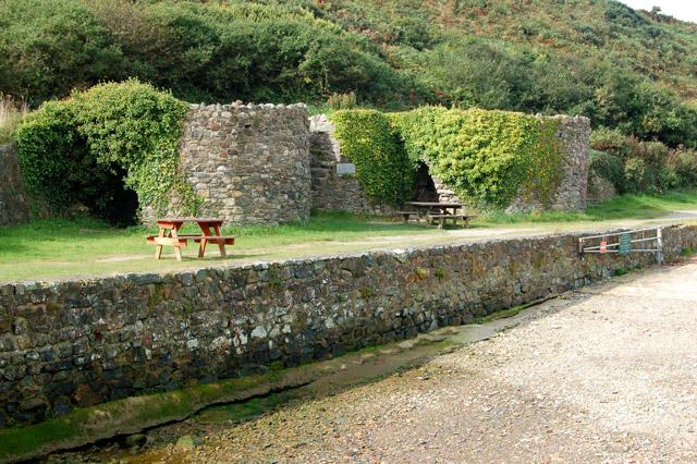 A picnic spot at Porthclais