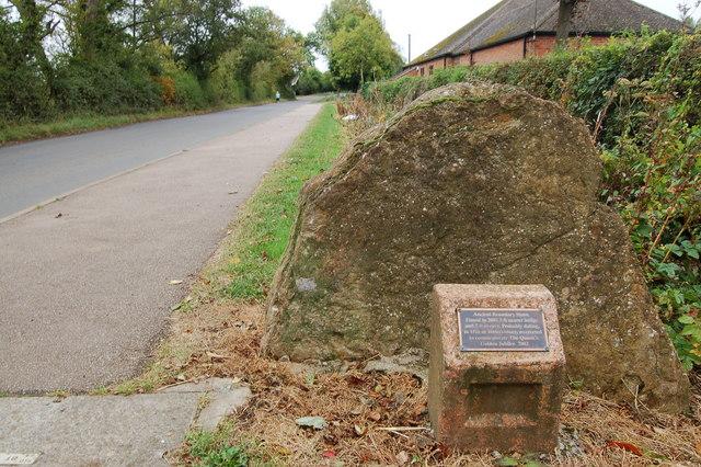 Ancient boundary stone near Cropredy bridge