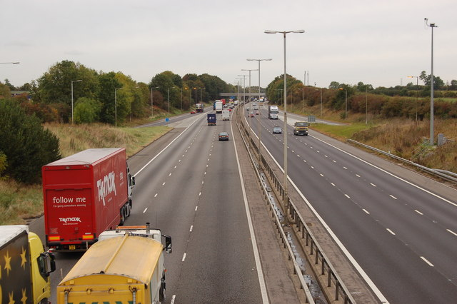 M1 at Junction 16 looking north