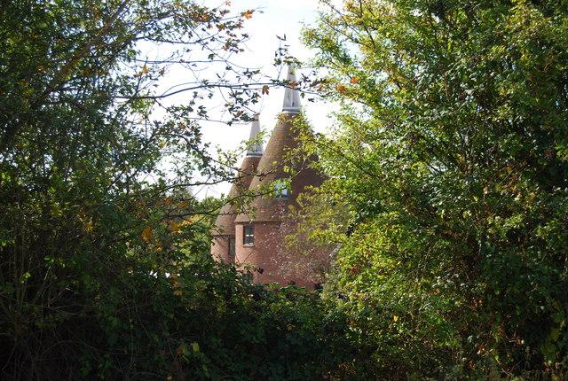 Manor Farm Oast house