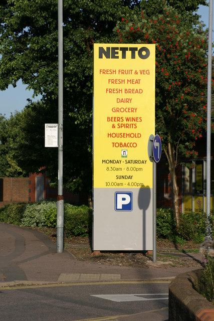 Netto Supermarket, Sign.