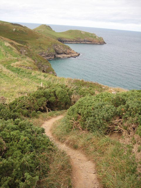 Coast path approaching Rumps Point