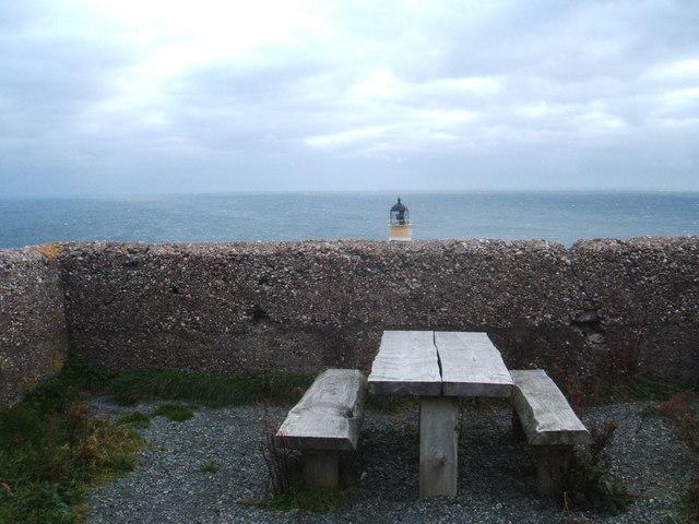 Picnic table at  Tiumpan Head Lighthouse