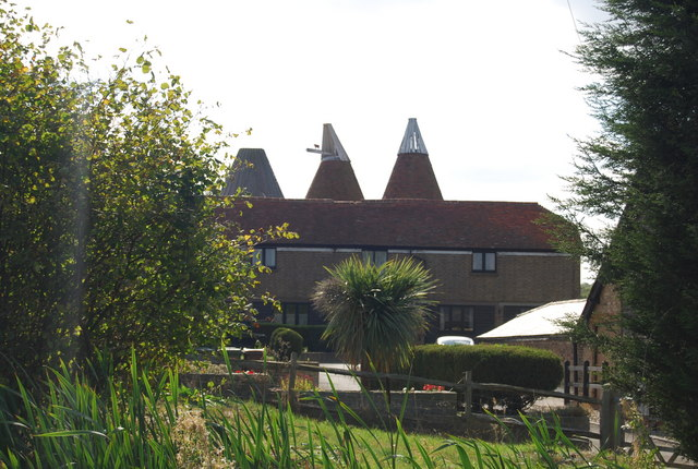 Great Hayesden Farm Oast house, Lower Haysden Lane