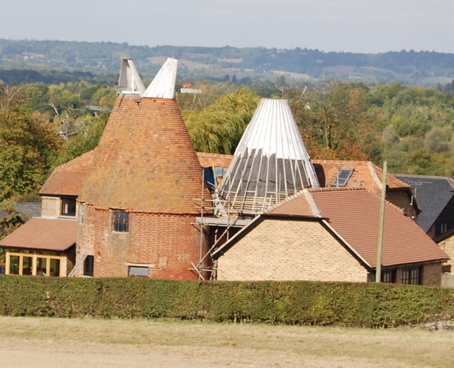 Great Hayesden Farm Oast house
