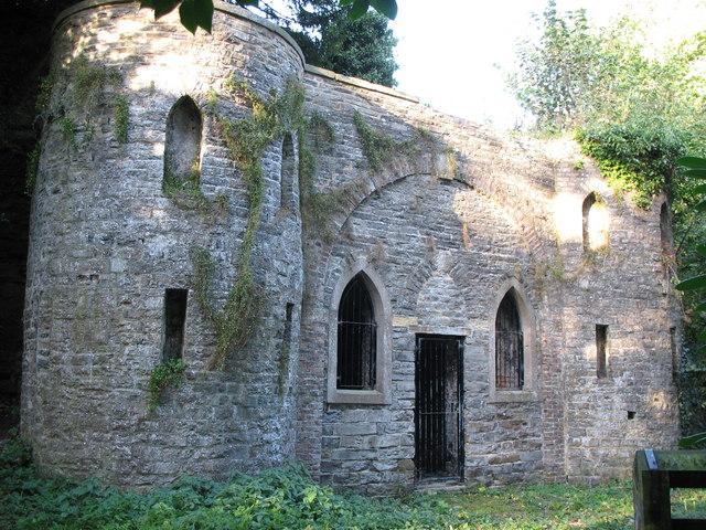 Leyburn Sham Castle
