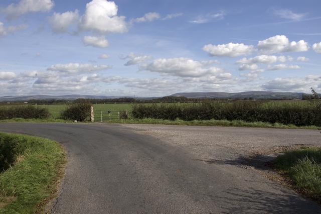 Road junction near Tarn Farm