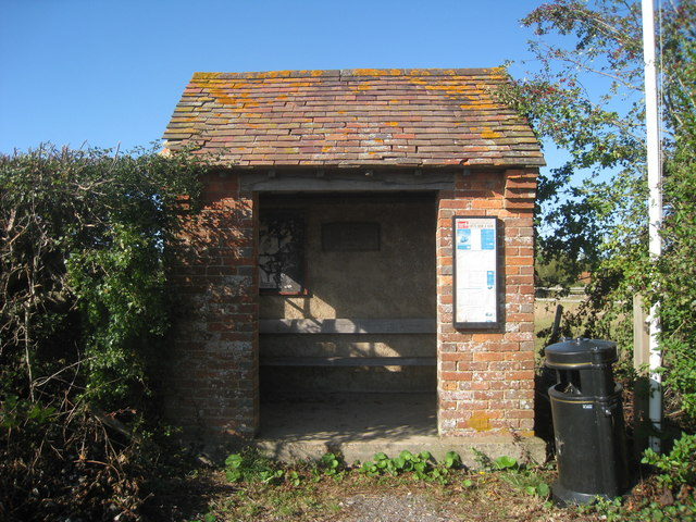 Bus Shelter at The Leacon