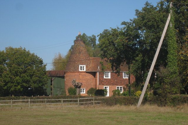 Oast House, Leacon Hall, Warehorne, Kent