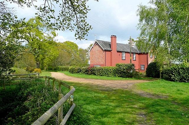 Pink house at Harbridge Green