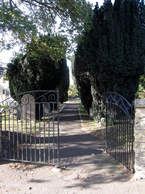 Churchyard path of St John the Baptist, East Ayton