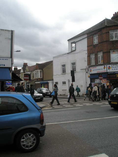 Looking across The Broadway towards Beechcroft Avenue