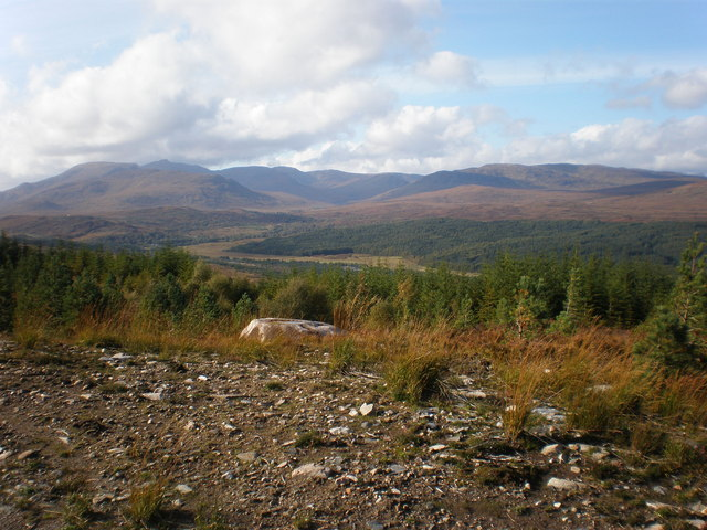Ceannaeroc Forest from above Glen Moriston