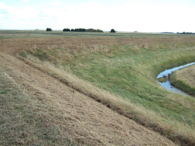 A sharp bend in the sea bank