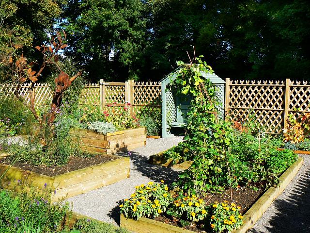Kitchen Garden, Ranger Centre, Stanton Park, Swindon (2)