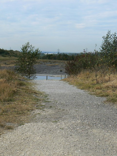 Footpath to Visitor Centre