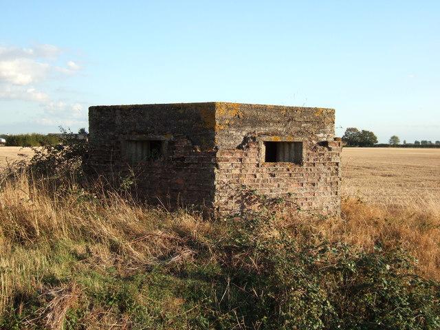 Pillbox at the end of Hospital Road near Sutton Bridge