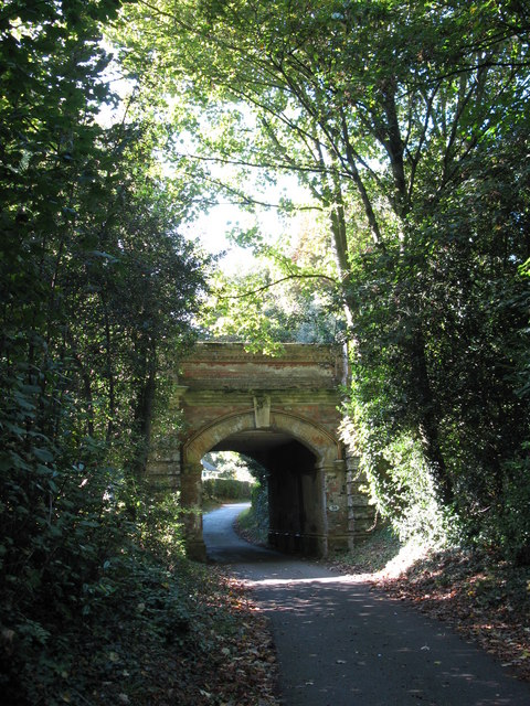 Railway Bridge, North Downs Way