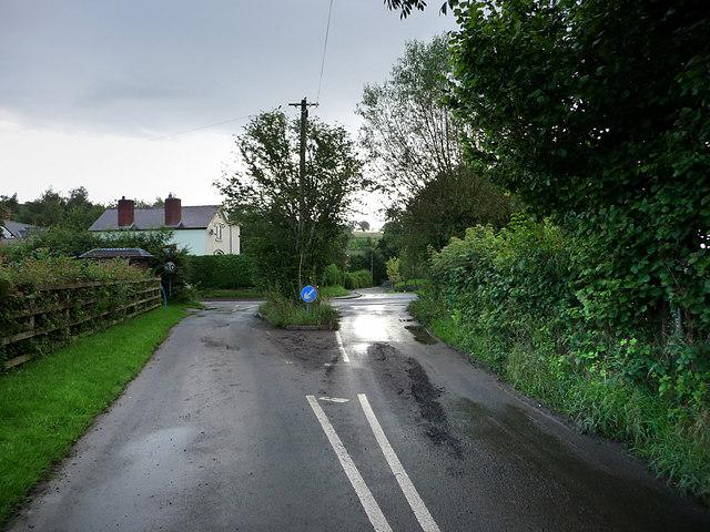 Road junction, Bucknell