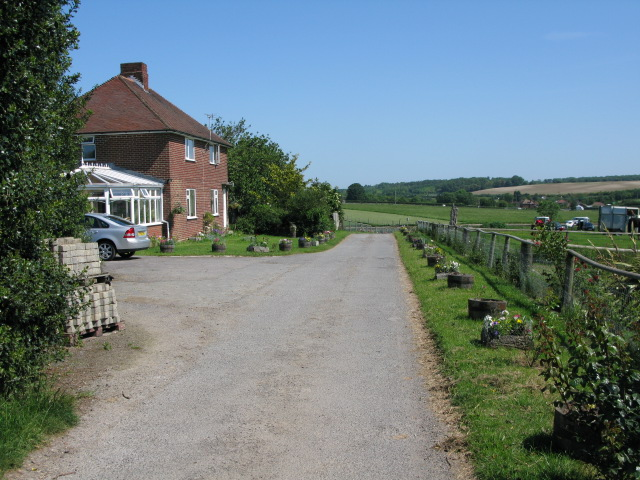 Footpath and farm track past Barville Farm