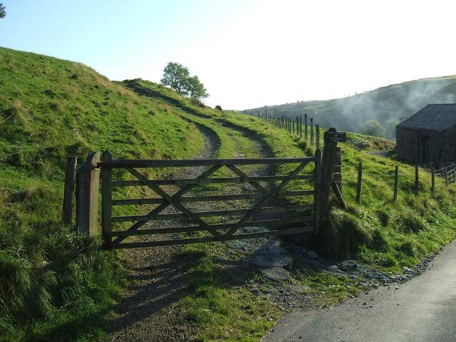 Start of Cornclose Lane