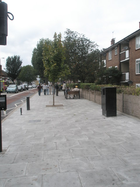 Wide pavement in The Broadway
