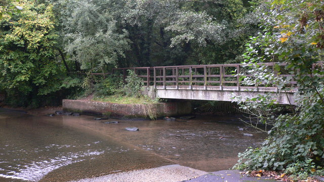 Footbridge at ford by Headley Mill